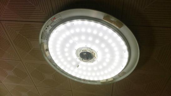LEDシーリングライト取り付け後