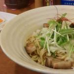 味三変化の油そばが楽しめる、岐阜県大垣市の「鳥そば真屋」