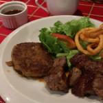 神戸で味わう島和牛ハンバーグステーキ「沖縄鉄板バル ミートチョッパー」でランチ