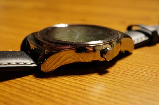LG Watch Urbane側面