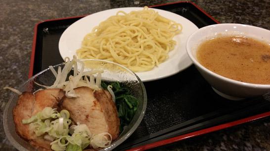 焼豚キッチンのつけ麺