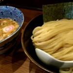 つけめん舎鈴、東京池袋で味わう六厘舎系魚介風つけ麺