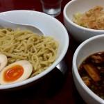 滋賀県長浜市の隠れ家的ラーメン「麺屋げん気」野菜ボリュームたっぷりのラーメンとつけ麺