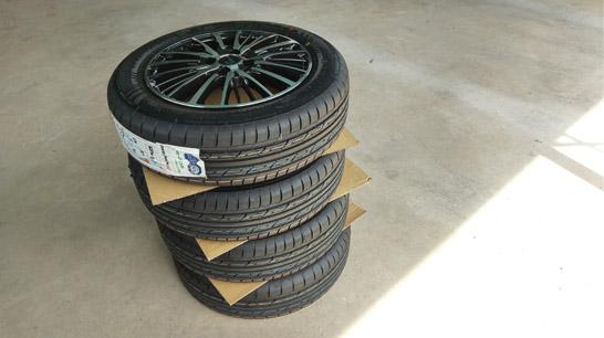 輸入タイヤ