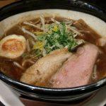 こだわりの魚介スープが織り成すラーメン、彦根市の「らー麺潮騒」