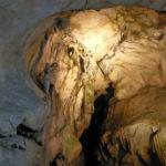 大変珍しい立体迷路型鍾乳洞、岐阜県郡上市の「美山鍾乳洞」を探検