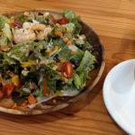 札幌駅前の野菜が美味しいベジタブルバー「野菜バルMAHALO」ハワイな雰囲気を楽しめます